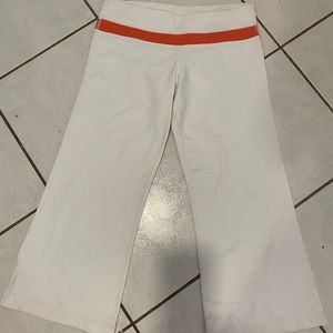 lululemon athletica Pants - Size 10 Crops
